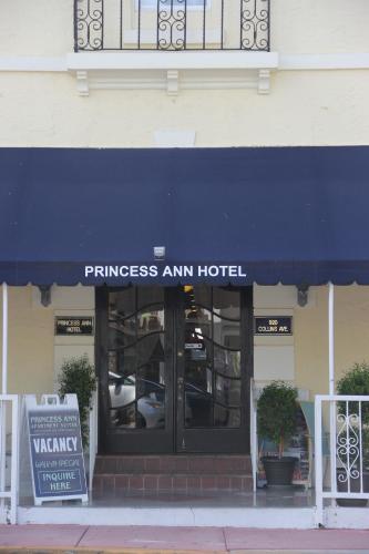Princess Ann Hotel Photo