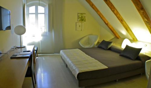 Superior Double Room Hotel Sant Roc 76