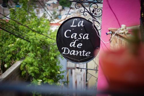 Hostal Casa de Dante Photo