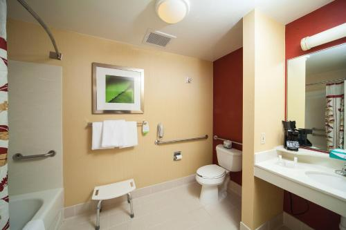 Courtyard By Marriott Valdosta - Valdosta, GA 31602