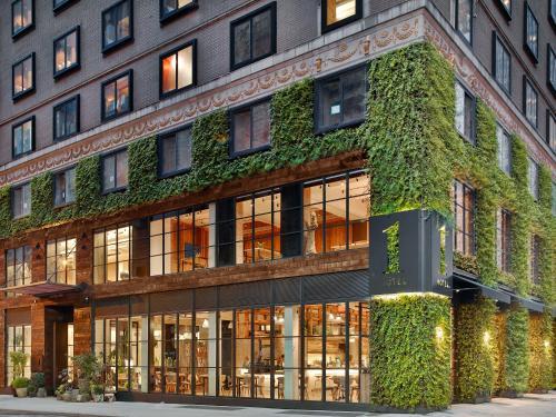 1414 6th Ave, New York, NY 10019, United States.