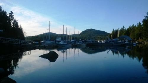 Freedom Lodge & Spa - Madeira Park, BC V0N 2H1
