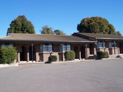 Olde Tudor Hotel Launceston In Australia