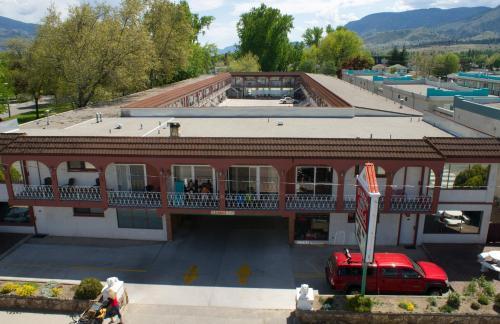 Spanish Villa Resort - Penticton, BC V2A 1C1