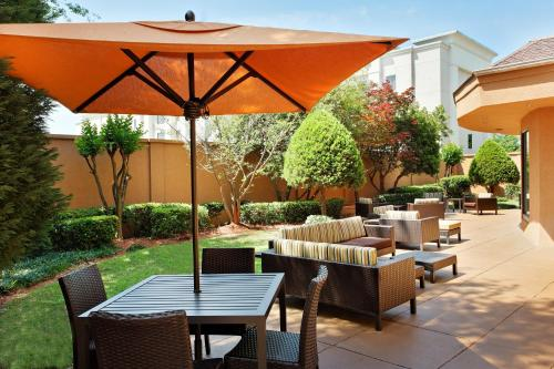Courtyard By Marriott Mobile - Mobile, AL 36609