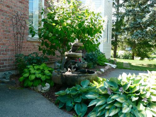 Brock Hollow Bed And Breakfast - Niagara On The Lake, ON L0S 1J0