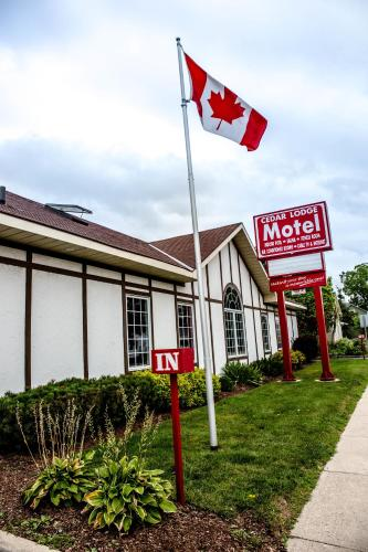 Cedar Lodge Motel - Goderich, ON N7A 2Z7