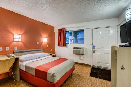 Motel 6 Denver West Wheat Ridge - North Photo