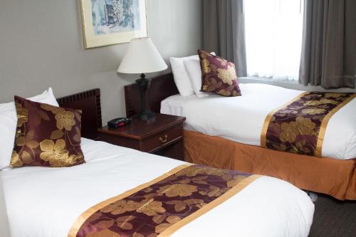 King Edward Hotel Photo