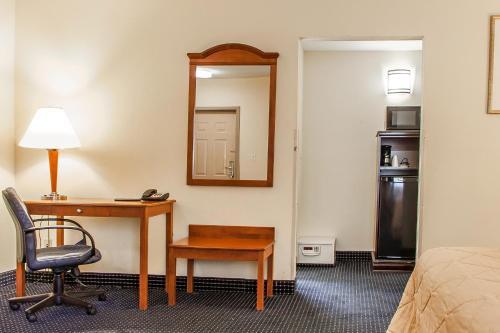 Quality Inn East Windsor Photo