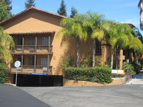 Hotel Zico - Mountain View, CA 94040