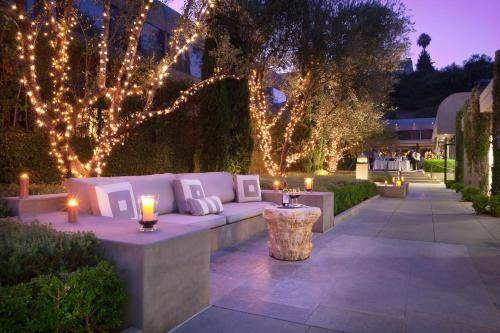 Luxe Sunset Boulevard Hotel Photo