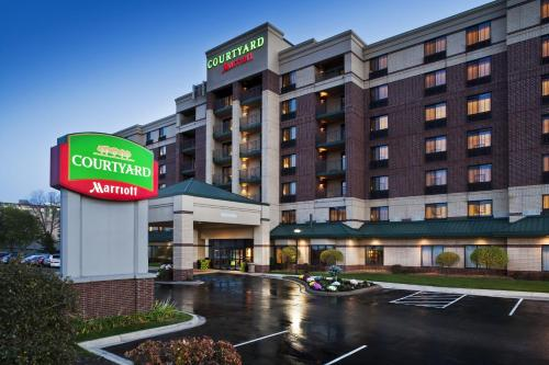 Courtyard By Marriott Bloomington Mall Of America Hotel
