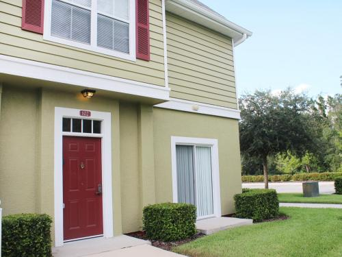 Four Bedroom Townhome 21169 - Kissimmee, FL 34746