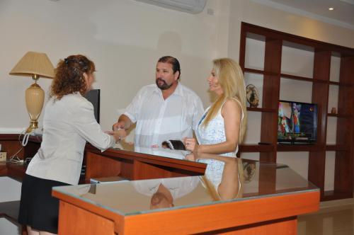 RealNoa Hotel Photo