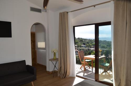 Habitación Doble con vistas a la montaña Hotel Galena Mas Comangau 1