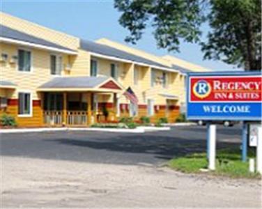 Regency Inn Suites Faribault Hotel
