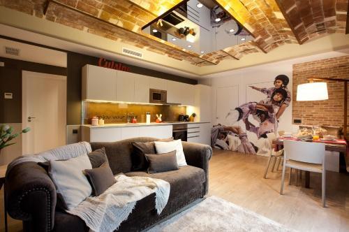 Enjoybcn Miro Apartments photo 2