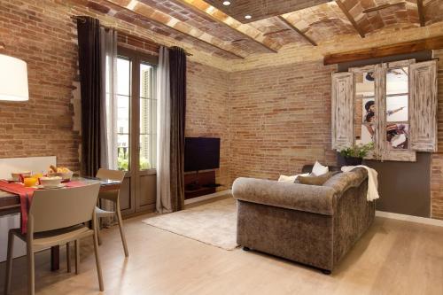 Enjoybcn Miro Apartments photo 6