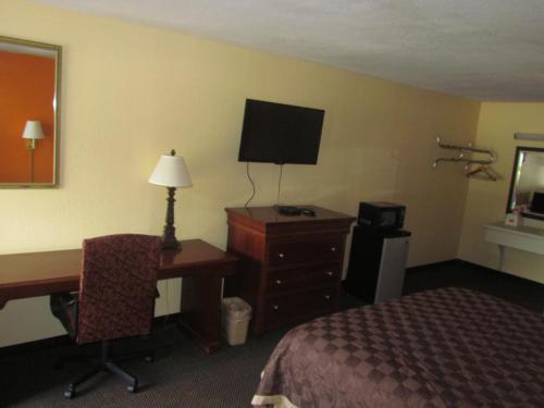 Red Carpet Inn - Augusta - Augusta, GA 30909
