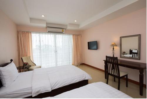 Takanta Place Aparthotel