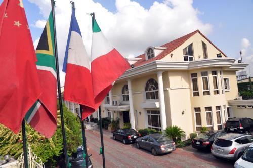 HotelElion House Hotel