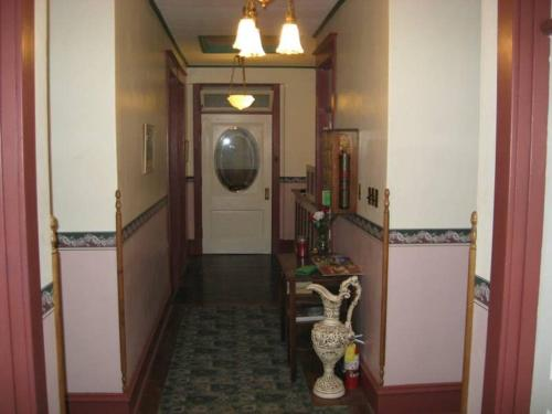 Historic Hotel Greybull In Wy Free Internet Pets Allowed Non Smoking Rooms Wegoplaces