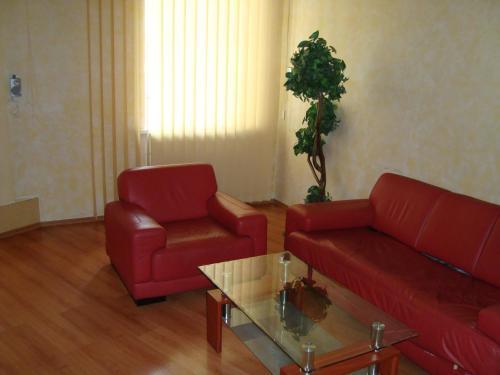 Daily Rent Apartment Покращені апартаменти з двома спальнями
