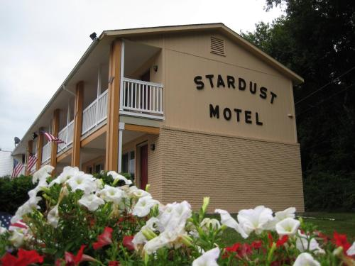 Stardust Motel - North Stonington, CT 06359