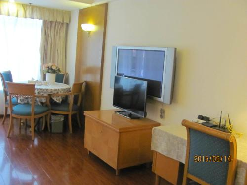 Beijing New World CBD Apartment photo 24