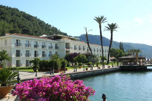 Fethiye Ece Saray Marina Resort yol tarifi
