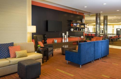 Courtyard By Marriott Kalamazoo Portage - Portage, MI 49002