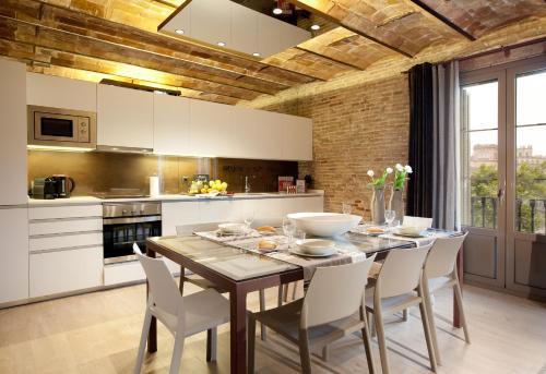 Enjoybcn Miro Apartments photo 28