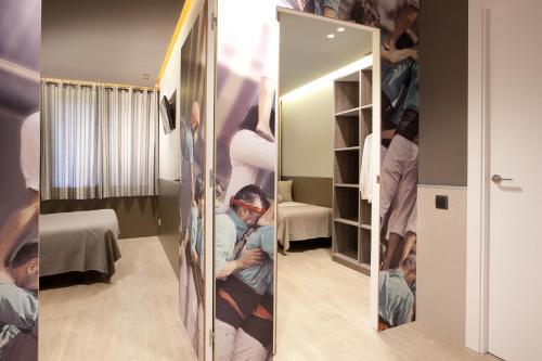 Enjoybcn Miro Apartments photo 32