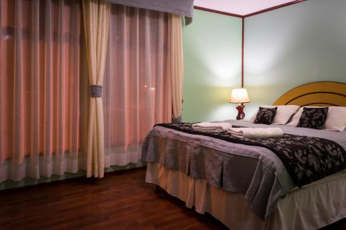 Hostal Alcázar Photo