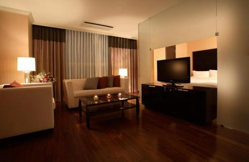 Ramada Hotel & Suites Seoul Namdaemun photo 19