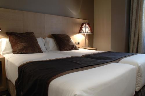 Washington Parquesol Suites & Hotel