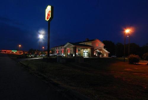 Super 8 Anderson/Clemson Area Photo