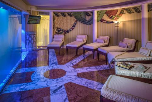 Rome Cavalieri, A Waldorf Astoria Resort photo 64