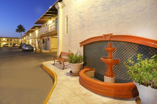 Hotel Azteca de Oro Mexicali Photo