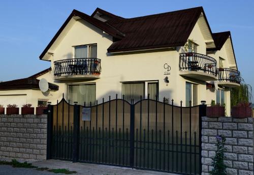 Casa Domnitei BC 1372378