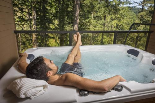 Carson Hot Springs Resort & Spa - Carson, WA 98610