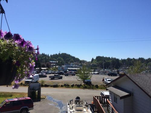 Island West Resort - Ucluelet, BC V0R 3A0