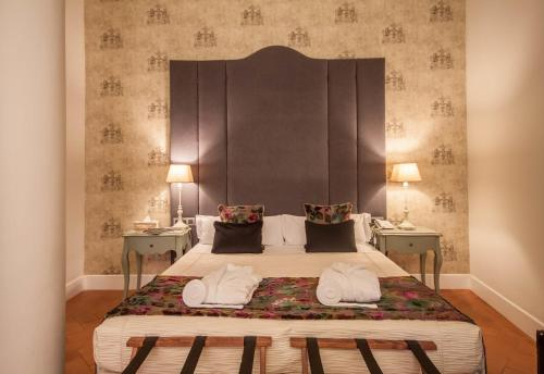 Deluxe Triple Room Palacio Pinello 2
