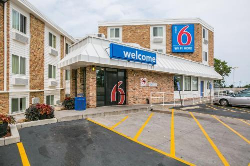Motel 6 Minneapolis Airport - Mall Of America - Richfield, MN 55423
