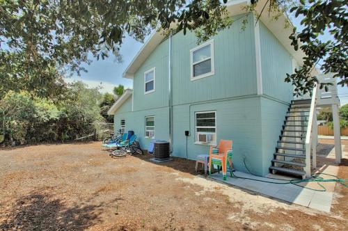 Adorable Beach Cottages by Panhandle Getaways Photo