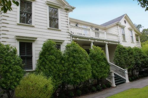 MacArthur Place Inn & Spa Photo