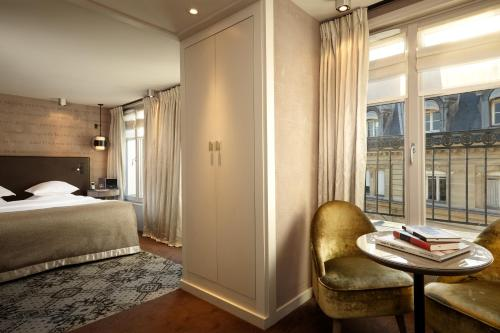 12 Rue des Saussaies, 75008 Paris, France.