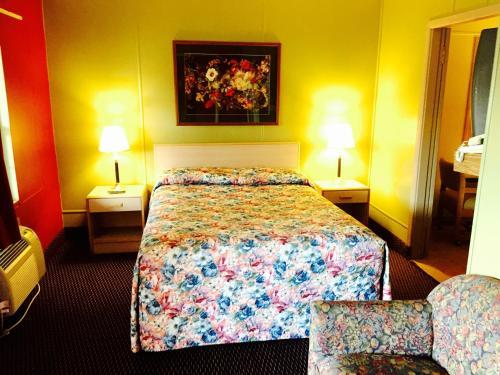 Travelers Inn Motel Photo