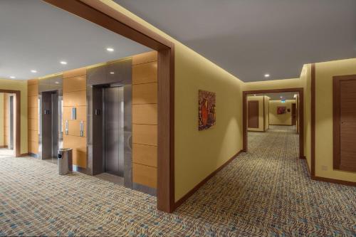 Hilton Garden Inn Tabuk Photo